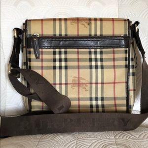 890f1372cf7 Burberry · Large Burberry Messenger Bag. $600 $0. Size: 10x11x3 · Burberry  · melissapalmbeac melissapalmbeac. 1